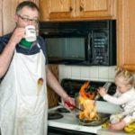Попытаться уберечь ребенка от ошибок в жизни